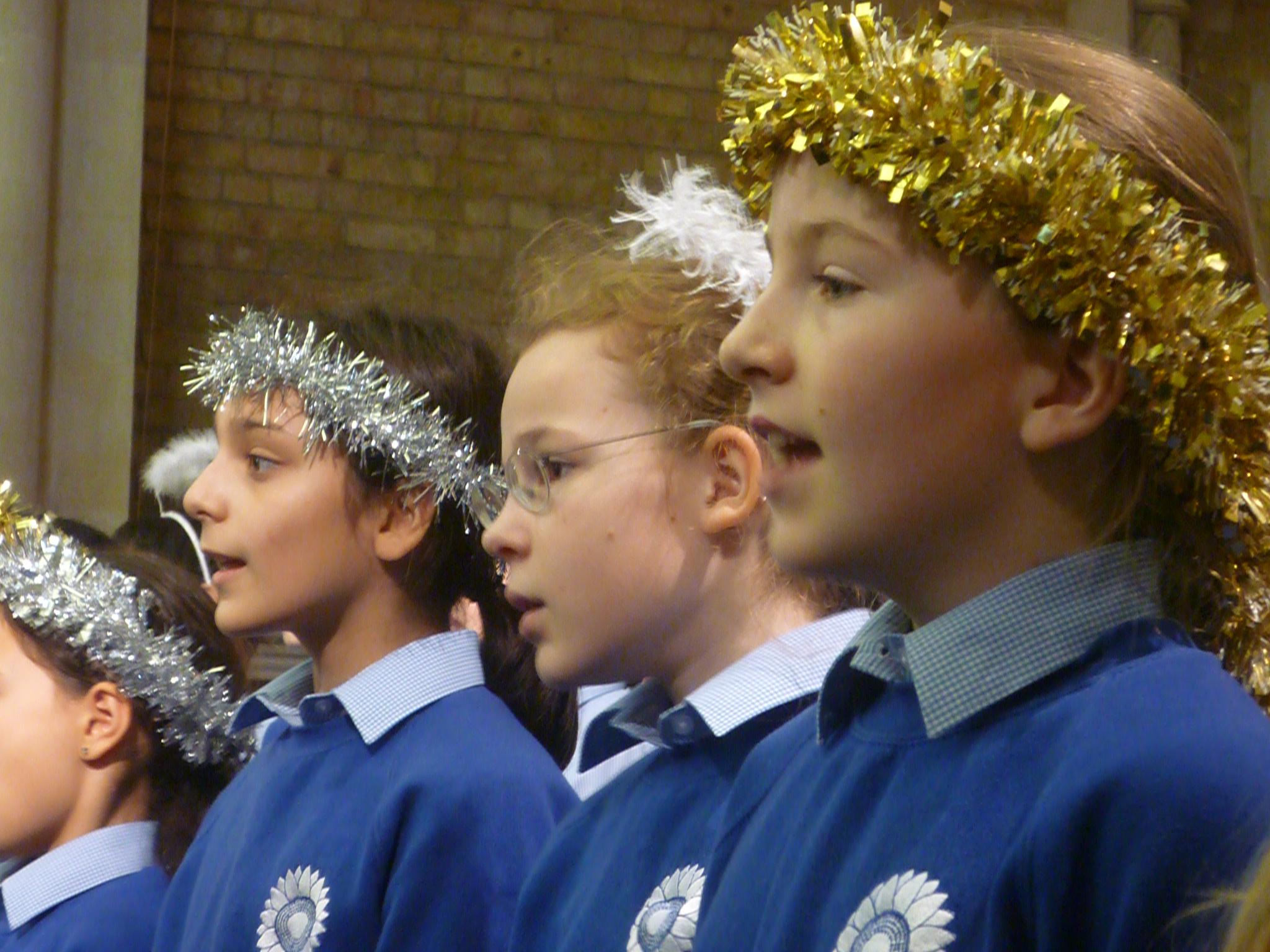 web-ks2-christmas-concert-128